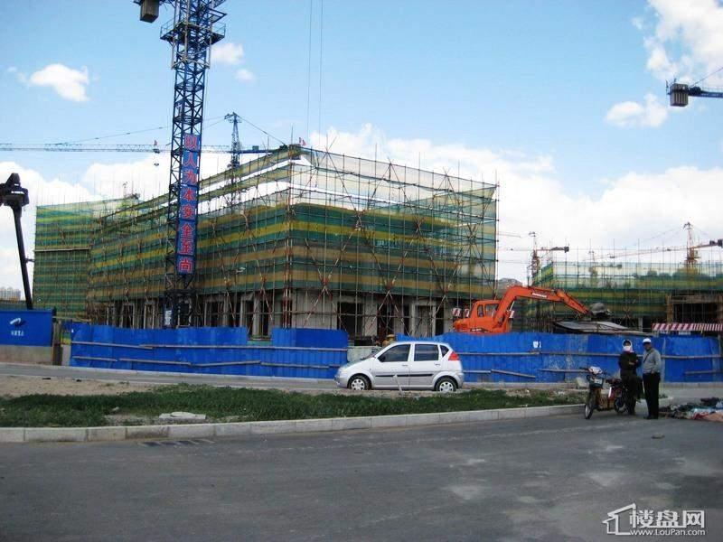 福顺尚景项目已建至地上三层(2012-05-24)