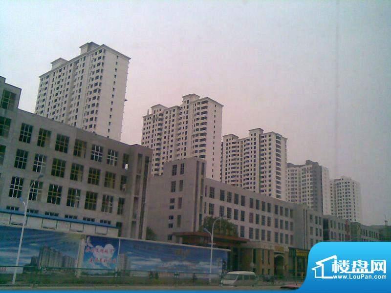 华林国际实景图工程进度(2011.10)