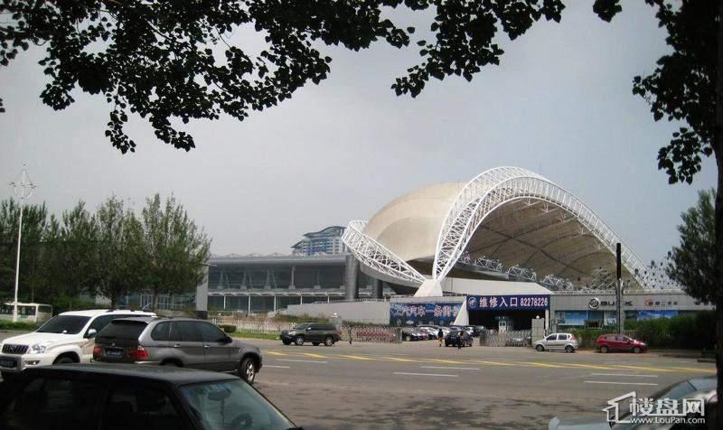 悦山国际周边会展中心(2012-06-06)