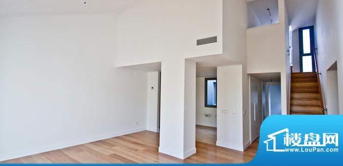 马德里百年经典重修公寓