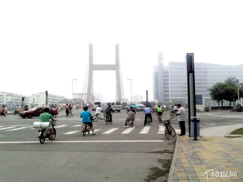 泰悦豪庭向北50米刘庄桥
