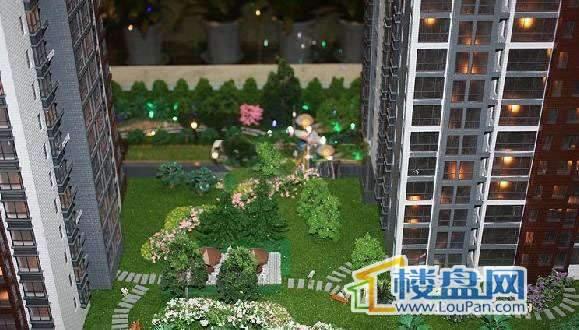 南门望城实景图