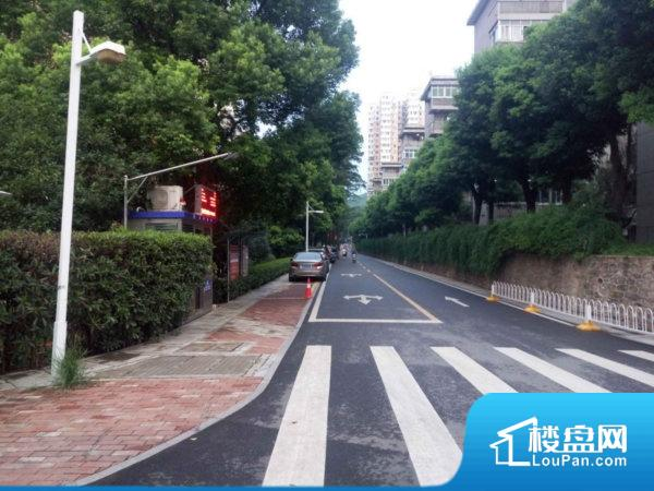华中科技大学高层小区