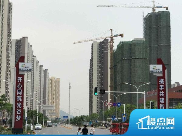 左岭新城二社区