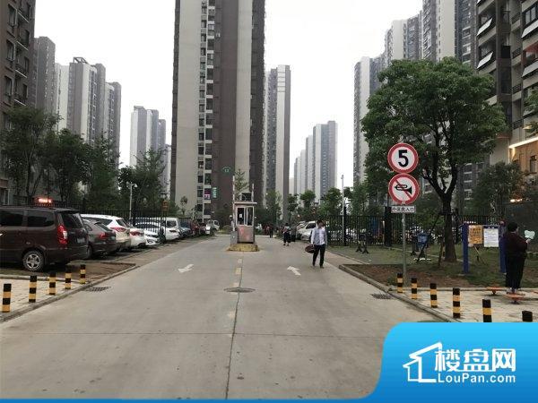 左岭新城三社区