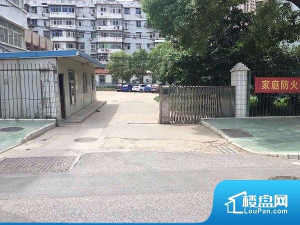 武汉理工大学河校小区