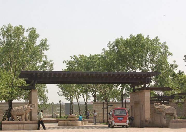 钢城水岸配套图
