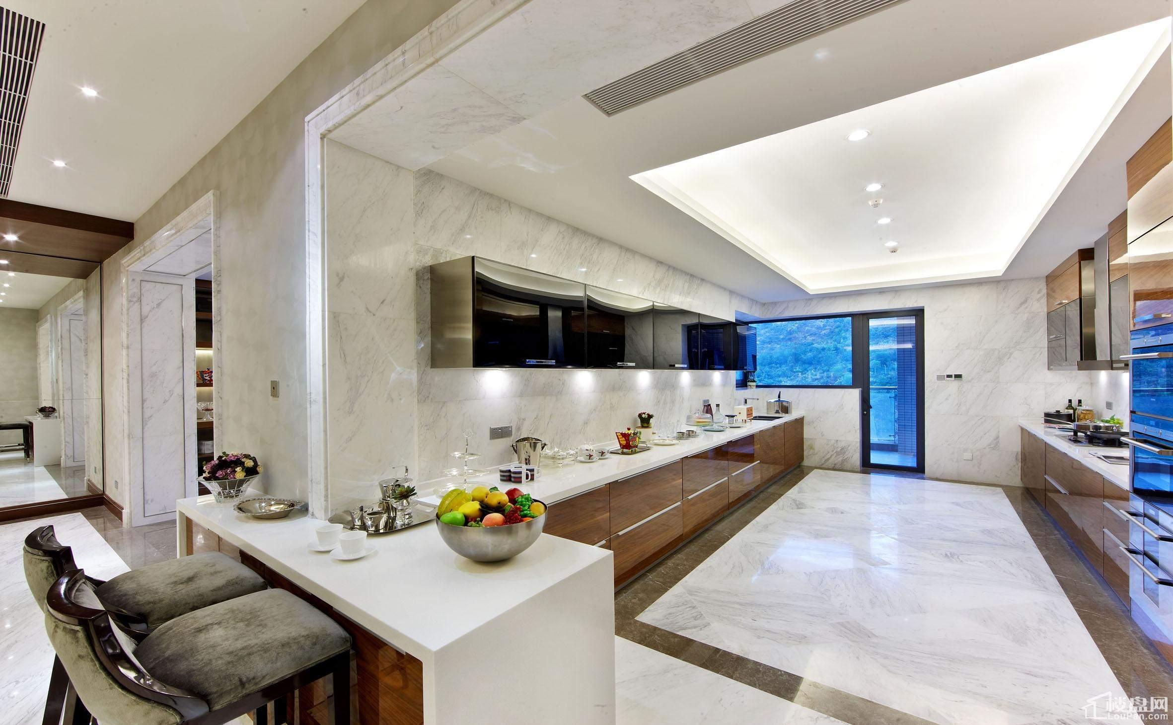 银海湾三期【银峰】457㎡复式样板间厨房
