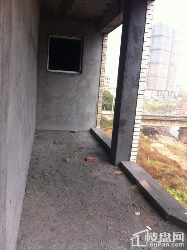 楼体外活动小空间。