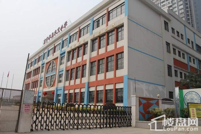 南宁保利君悦湾半岛卓立学校