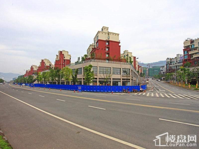 中渝滨江壹号洋房实景图
