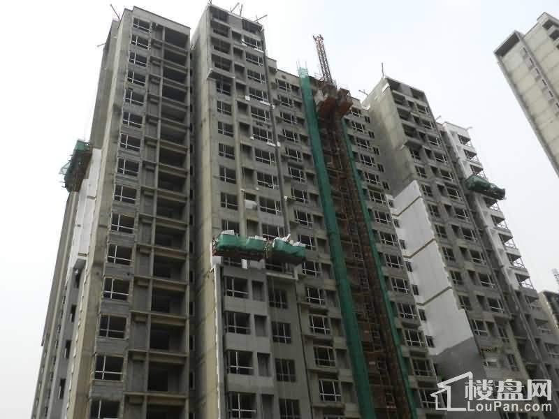 虞河生活城实景图一期施工(2014-05-25)