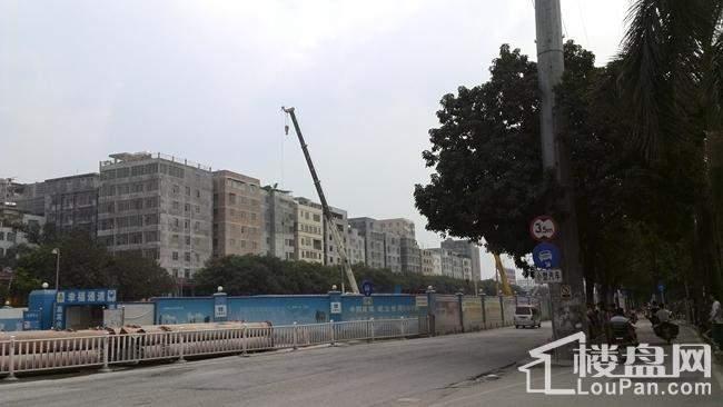 正在修建的地铁