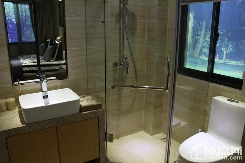 91平方米洗手间