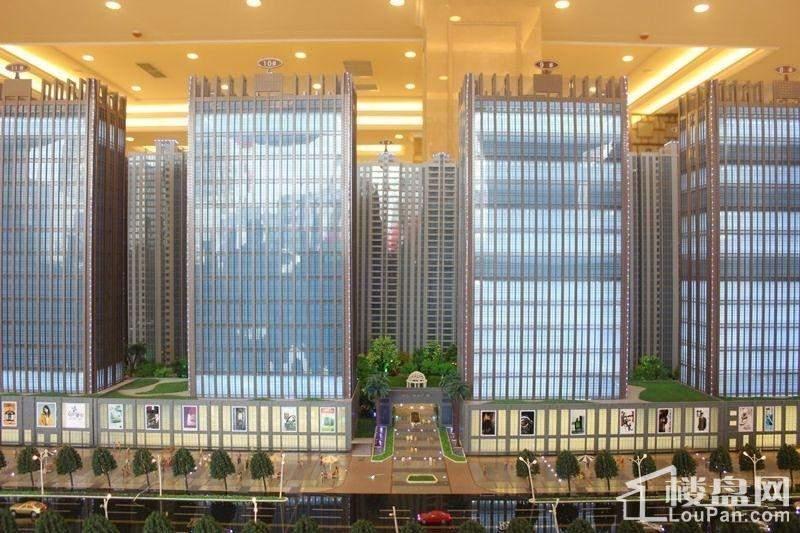中弘·中央广场实景图