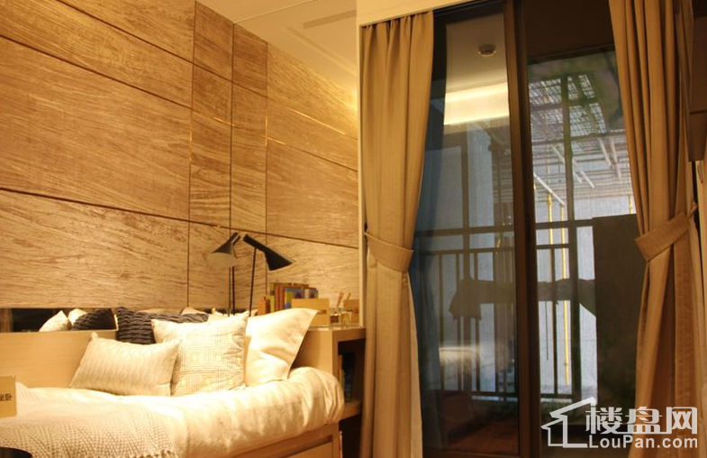 1栋03户型 卧室