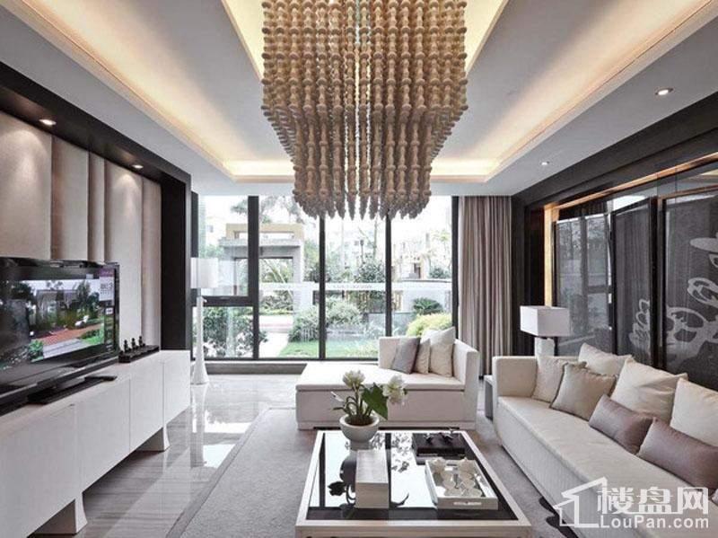 明亮型客厅