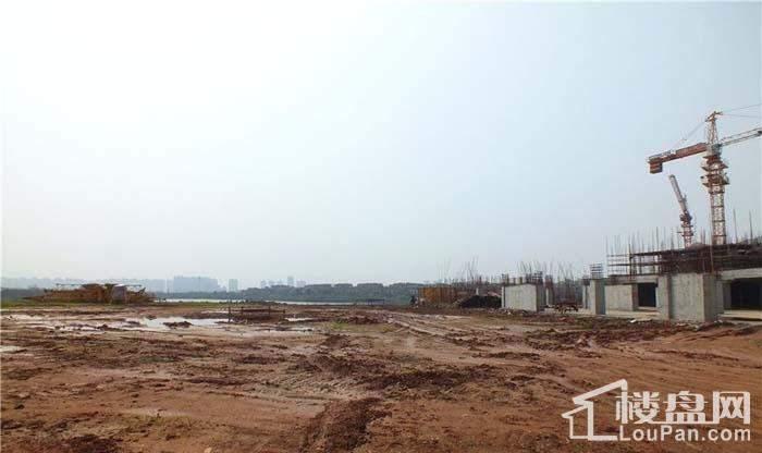 鸿涛翡翠湾项目在建实景