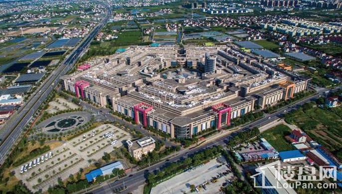 上海进口商品展示贸易中心实景图