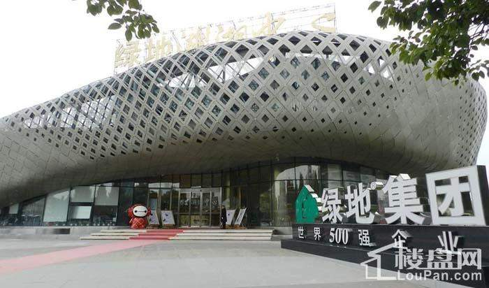 绿地湖湘中心实景图