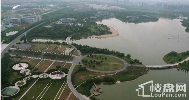 绿城翡翠湖玫瑰园实景图