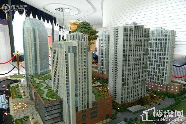 中元广场实景图