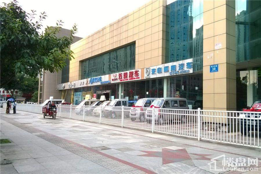 中元广场配套图