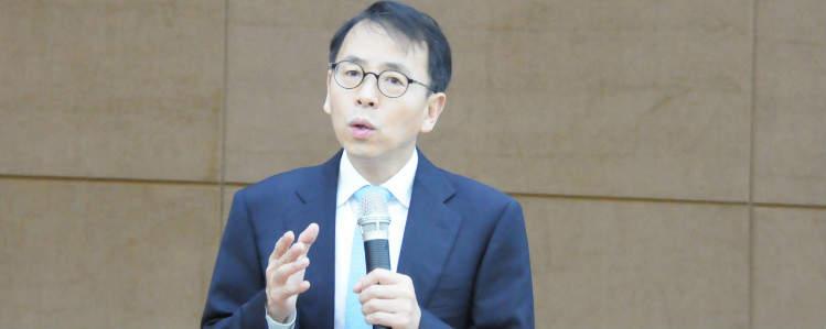 泡沫专家谢国忠:房地产市场将在2017年触底