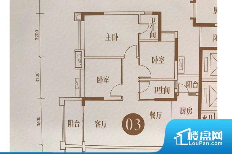 各个空间方正,后期空间利用率高。非南向或东向,采光不足,西面下午为西晒,夏天时西晒阳光比较热,室内温度变高。北向的下午采光不足,室内需要开灯补光。卧室位置合理,能够保证足够安静,客厅的声音不会影响卧室的休息;卫生间位置合理,使用起来动线比较合理;厨房位于门口,方便使用和油烟的排出。卧室作为较为重要的休息空间,尺寸合适,有利于主人更好的休息;客厅作为重要的会客空间,尺寸合适,能够保证主人会客需求。卫