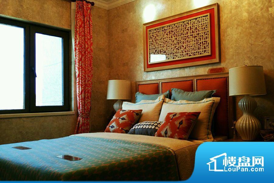 建筑面积106.70平米户型样板间卧室