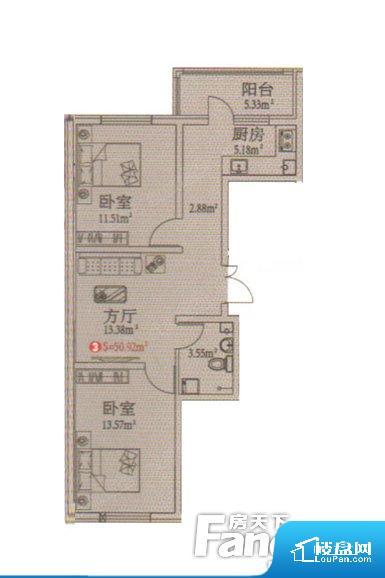 各个空间都很方正,方便后期家具的摆放。无对外窗户,通风采光较差,卫生间湿气会加重,不利于身体健康。卫生间对餐厅是不太卫生,而且又会有细菌。对着客厅也不太好,有种不太礼貌的感觉。如此感觉户型设计上有硬伤。客厅、卧室、卫生间和厨房等主要功能间尺寸以及比例合适,方便采光、通风,后期居住方便。公摊相对合理,一般房子公摊基本都在此范畴。日常使用基本满足。