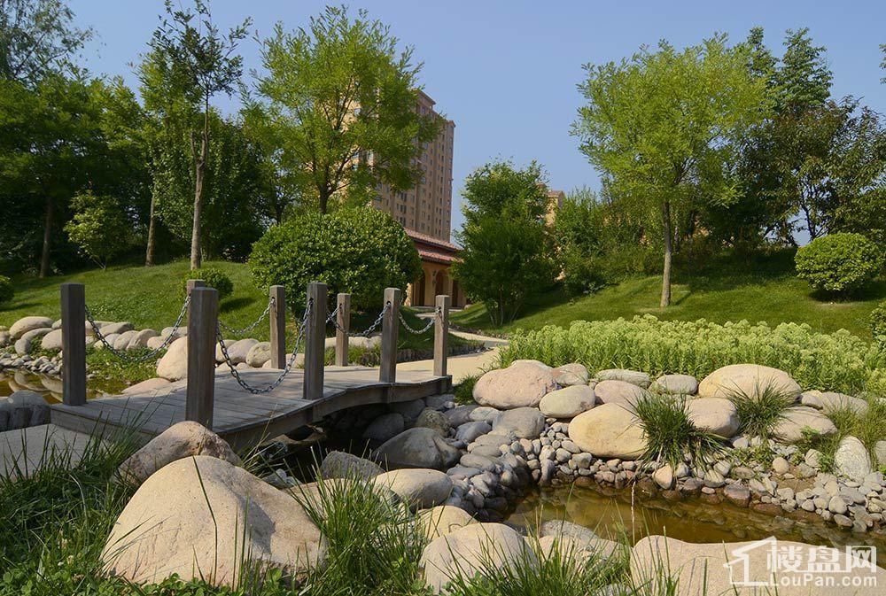 美林山实景图
