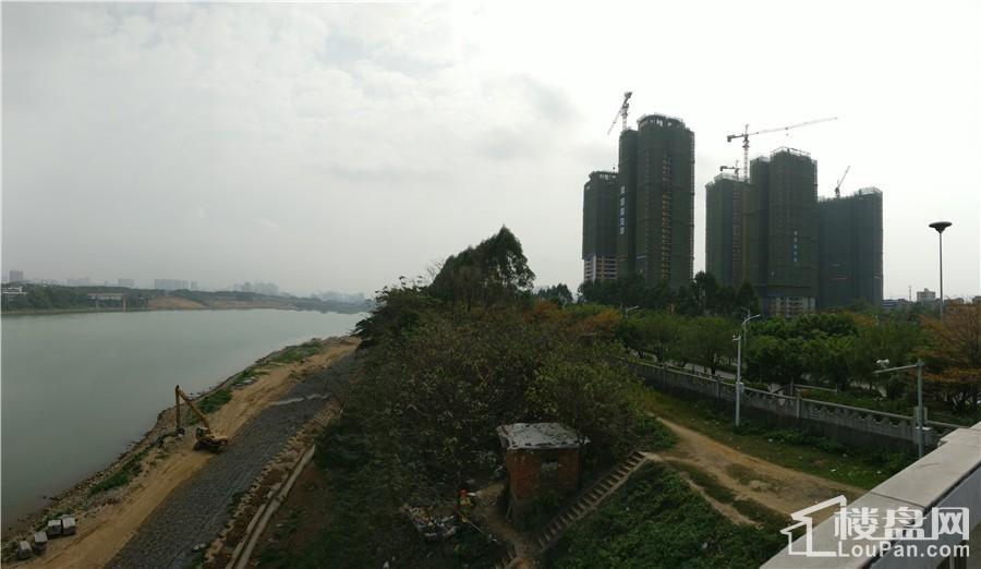 骋望珺玺实景图
