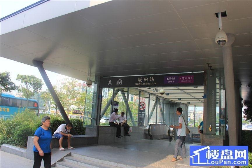 东侧50米内地铁站