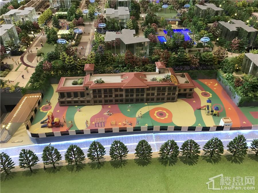 龙光玖珑府配套12个班的幼儿园
