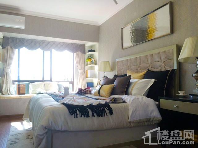 碧桂园一期样板间卧室