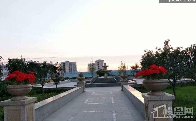 普霖第一城实景图