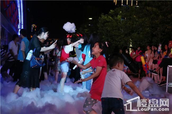 柳州万达广场年中庆