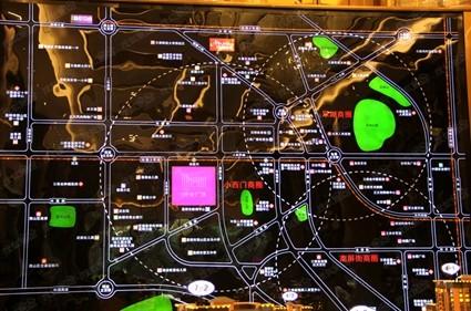 海伦堡中央广场位置图