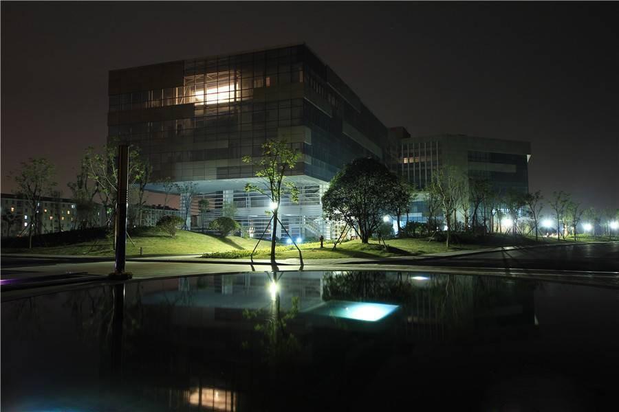 智富城北科建创新园写字楼