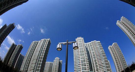 发改委全面放宽城市落户条件 鼓励居住证互