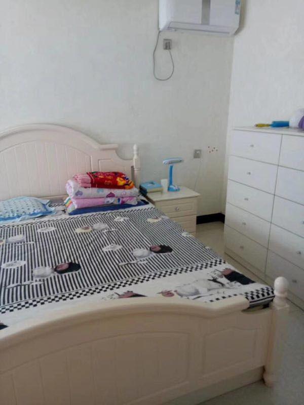 翰林湖畔 133平3室2厅2卫,小区自带幼儿园