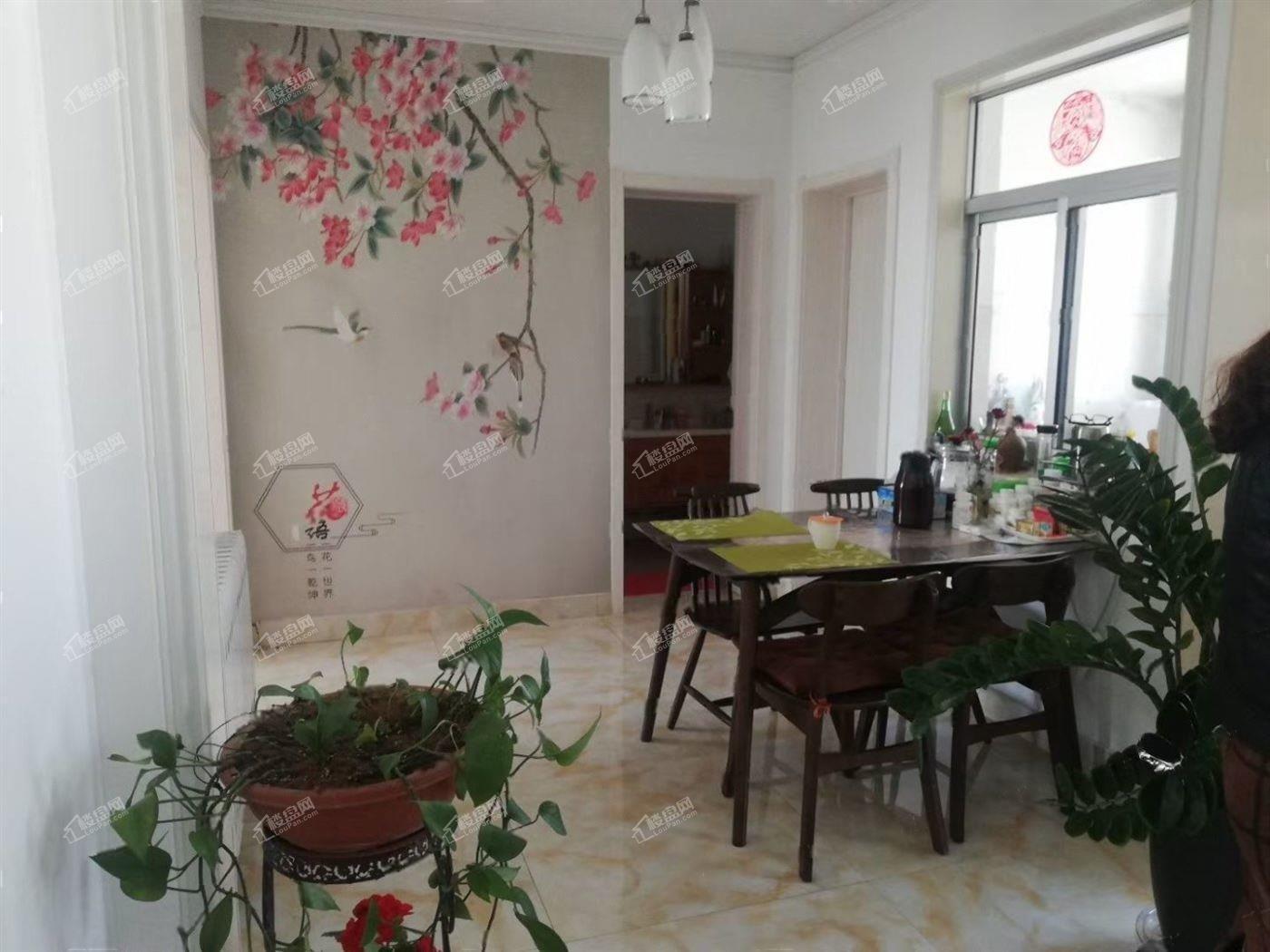 兆祥小区 精装修3室南北全明户型 性价比高带储藏室