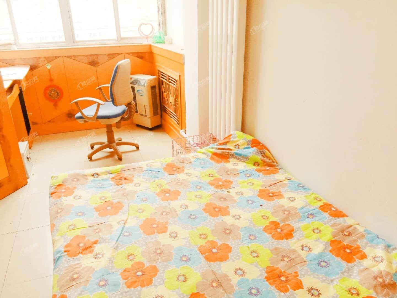 九州大道花坛附近一室一厅低价出租