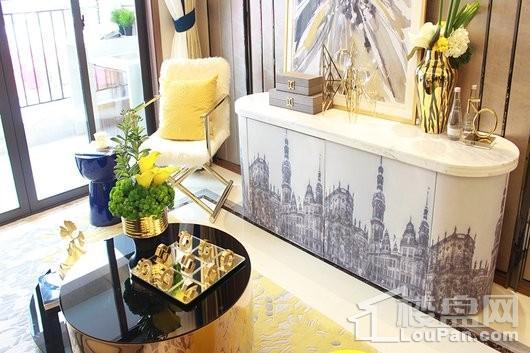晋江世茂璀璨新城84㎡客厅实景图