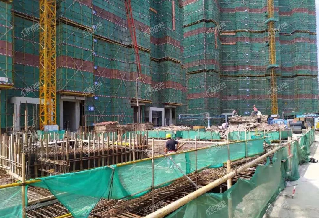 山湖海悦府19年9月地下室顶板结构工程