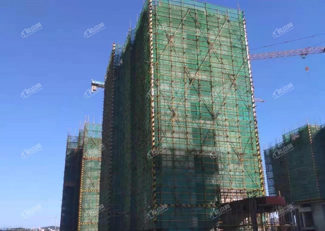 10月工程进度-83#主体10层施工中