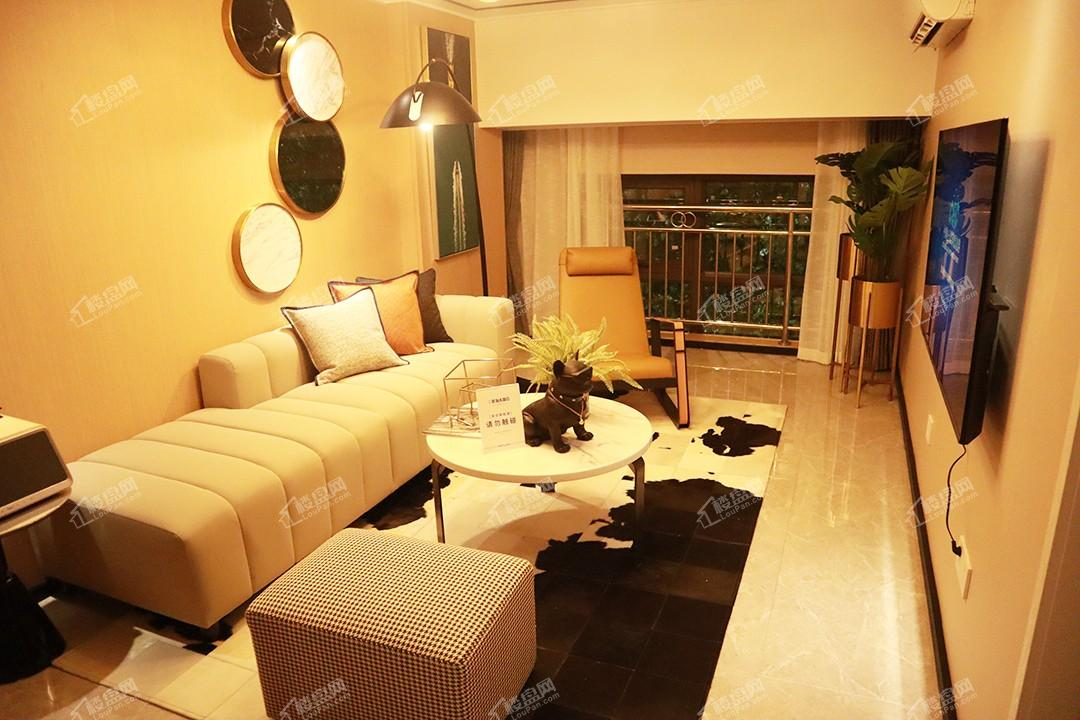 二期loft公寓建面75-82㎡样板间