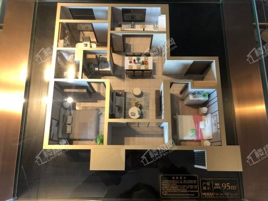 融创西城宸阅95平三室两厅一卫户型模型