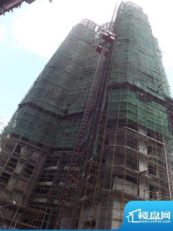 海辰国际项目进度:外墙装修(2012-06-